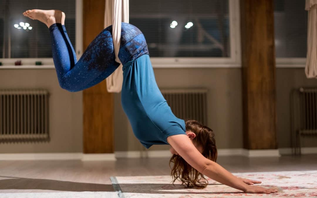 Aerial-joogan alkeet
